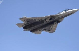 """""""شبح ــ كن حذرا""""...الجيش الأمريكي يقلد المقاتلة الروسية """"سو-57"""" بطريقة جديدة(فيديو)"""