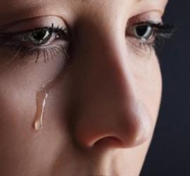 دراسة تكشف حقائق مثيرة وغريبة عن البكاء!