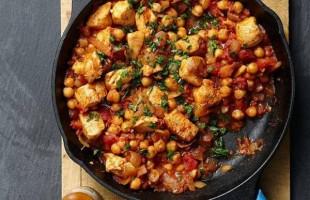 خلطة الدجاج بالكمّون والحمّص: أشهى الأطباق المميّزة!