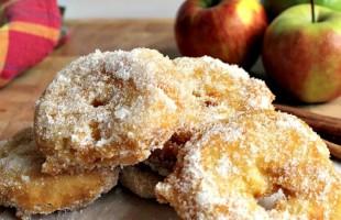دوناتس التفاح المقلية بالقرفة