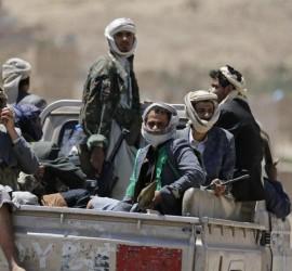 اليمن: عشرات القتلى والجرحى في معارك طاحنة قرب الحدود السعودية