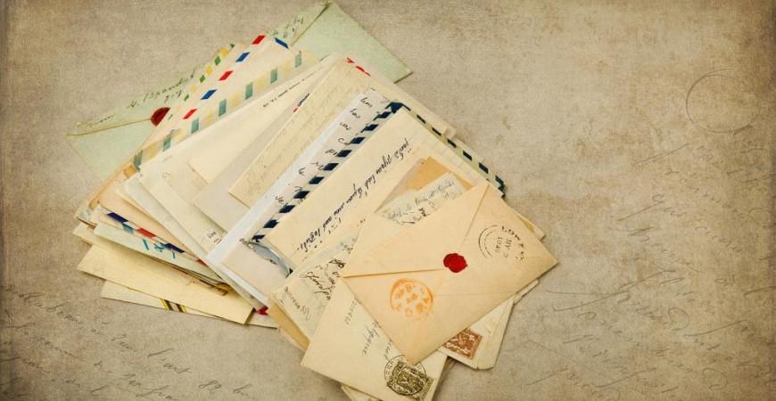 رسائل مهمة وحاسمة كتبها أصحابها لشرح أحداث عديدة شهدها التاريخ (غيتي)