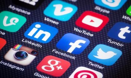بعض التحديات التي يواجهها المؤثرون على مواقع التواصل في الإمارات